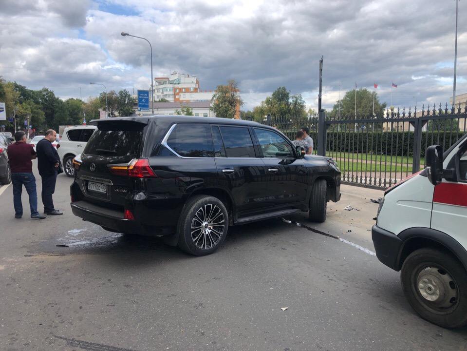 dtp-smirnovskaya-baiker-vs-lexus7.jpg
